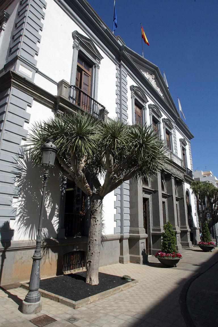 Santa Cruz refuerza el teléfono de atención de las emergencias sociales ante el incremento de la demanda de los últimos días