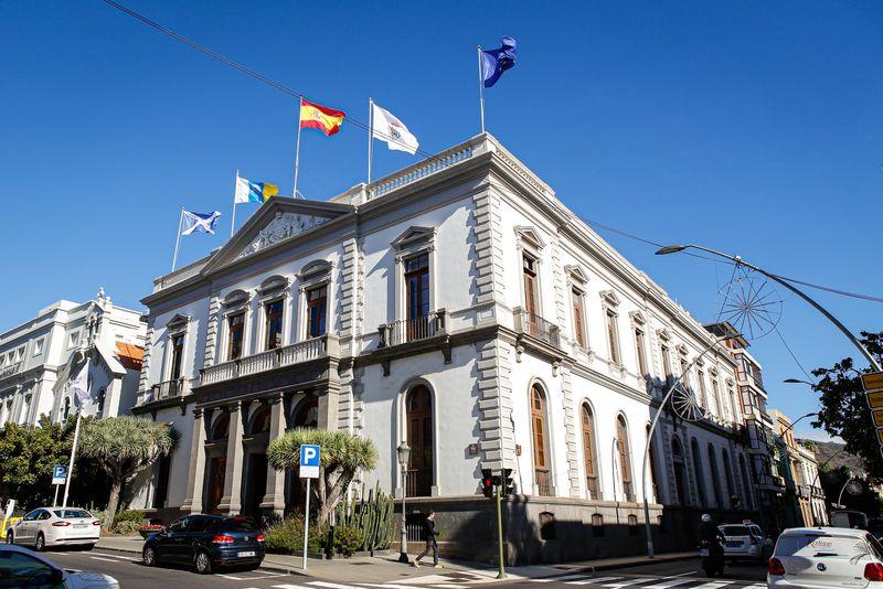 El Ayuntamiento de Santa Cruz de Tenerife refuerza y garantiza al público la atención telefónica y telemática