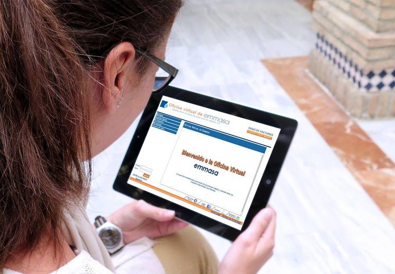 Emmasa atiende más de 320 peticiones online de todo tipo en la última semana