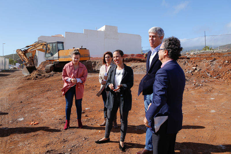 El Ayuntamiento de Santa Cruz inicia la construcción de las primeras viviendas sociales nuevas en 20 años