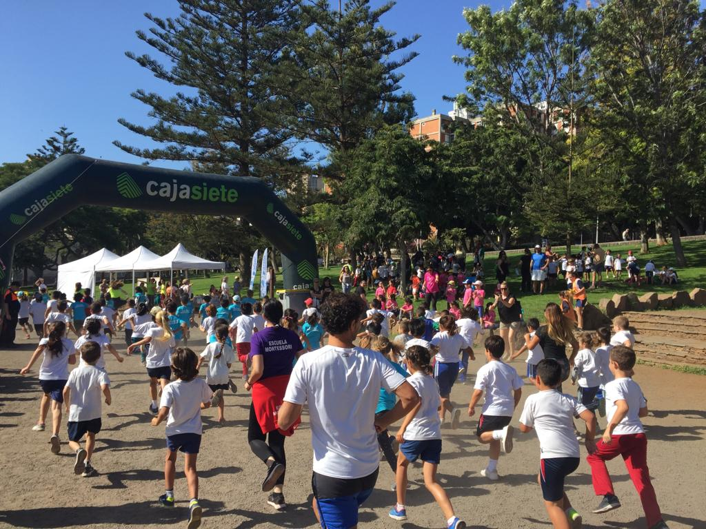 El parque La Granja se llena de altruismo infantil con la III Carrera Solidaria Escolar