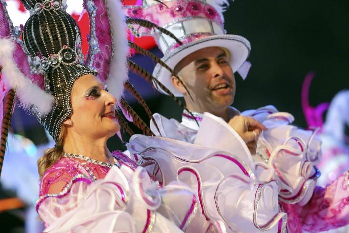 Miembros de una agrupación musical, durante un pasado concurso del Carnaval